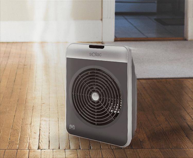 Ejemplo de termoventilador en la habitación de un hogar